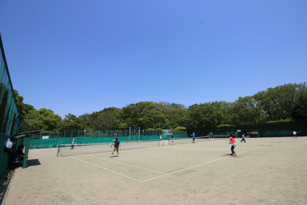 駒場体育館 テニスコート