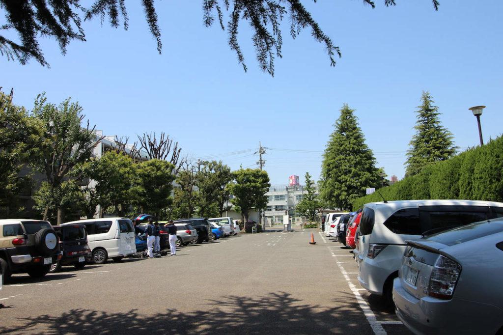世田谷公園駐車場