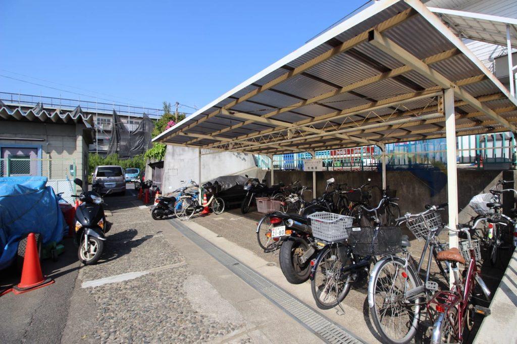 多摩川緑地 駐輪場