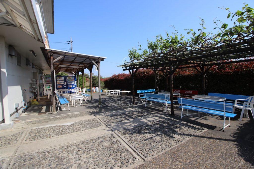 多摩川緑地 テニスコート喫煙スペース