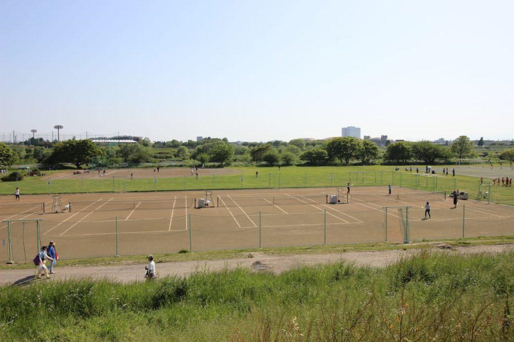 多摩川緑地 1〜4番テニスコート