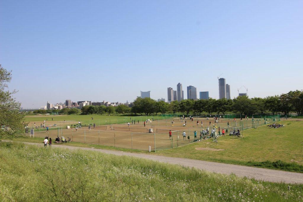 多摩川緑地 10〜17番テニスコート