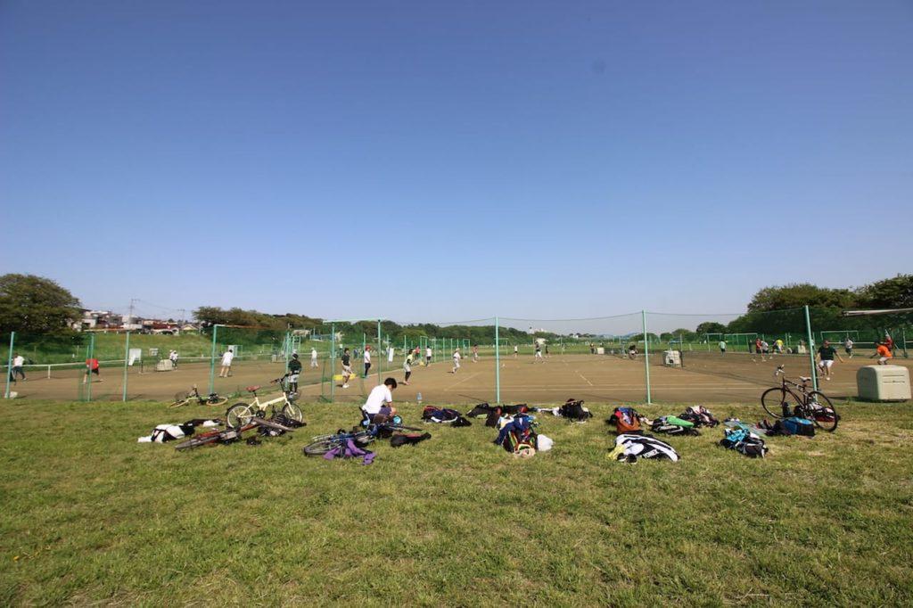 多摩川緑地 テニスコート様子